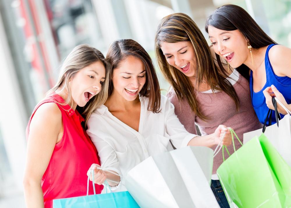 小売業界の新業態進出に注目