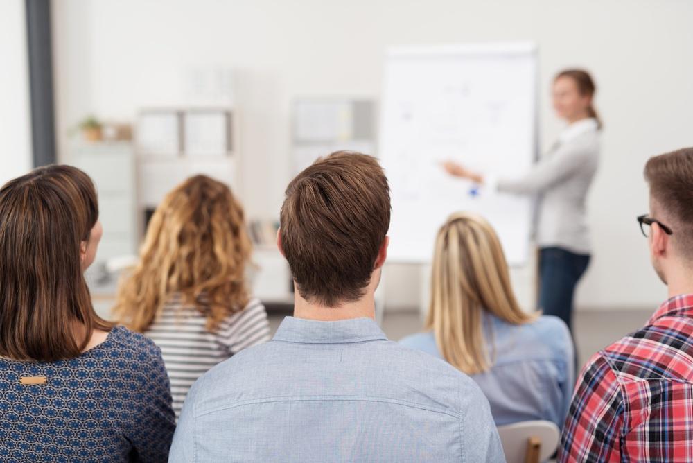 小売業の人材を確保!店舗での働き方改革 3つの方法