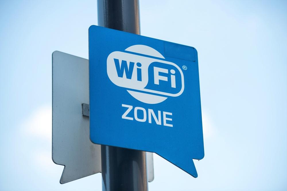店内分析、Wi-Fiとカメラの違いは?